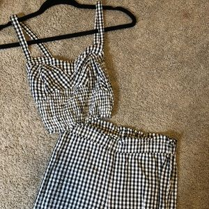 Kendall and Kylie 2 piece set